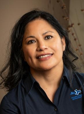 Leonora Winegar, Grand Rapids Manager